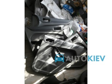Карты двери Ford Focus Mk2 2004-2011 Hatchback 150грн/шт